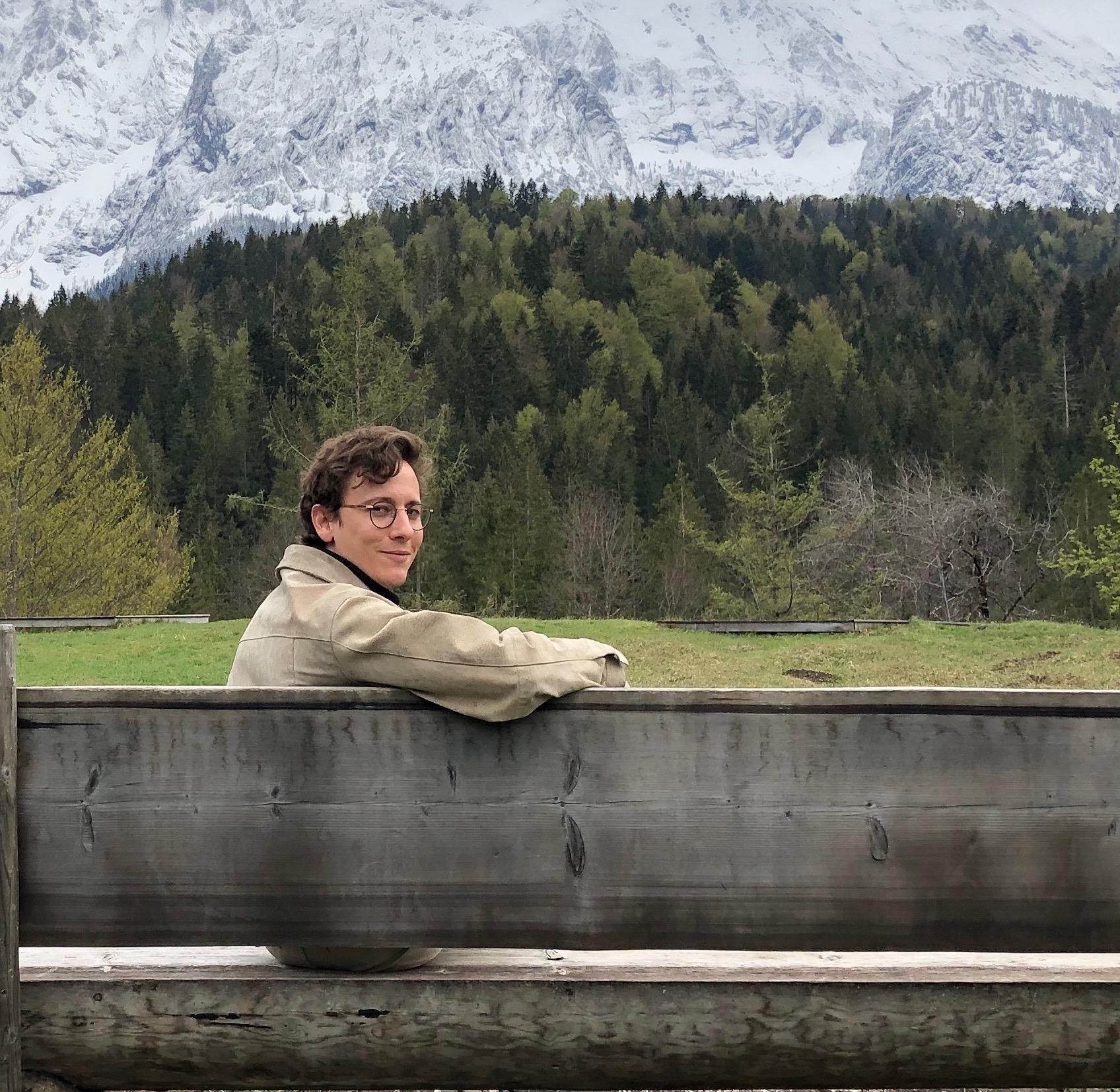 Jan-Patrik Novoa Lill beim Wandern